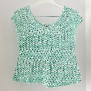 EYESHADOW green sleeveless cropped knit top S-M